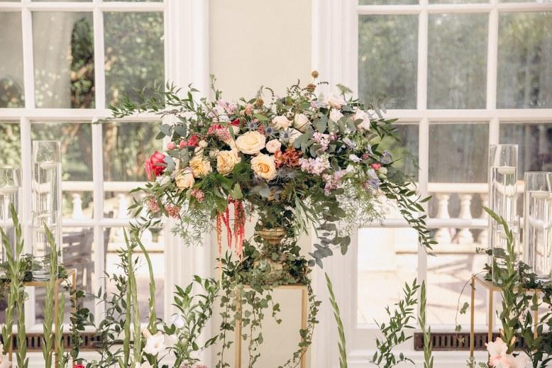 Garden style urn arrangement.