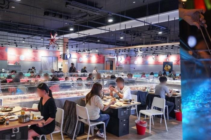 有GO蝦 |台中流水蝦吃到飽,泰國蝦玻璃水道就在桌旁,還有美國沙朗牛、天使紅蝦、干貝爽爽吃!