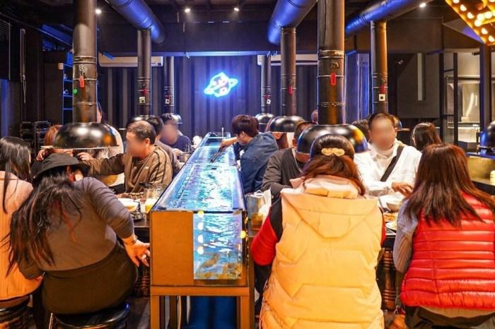 八吃蝦  台中桌旁流水道直接現撈泰國蝦,還有生鮮燒烤+蒙古烤肉通通吃到飽!