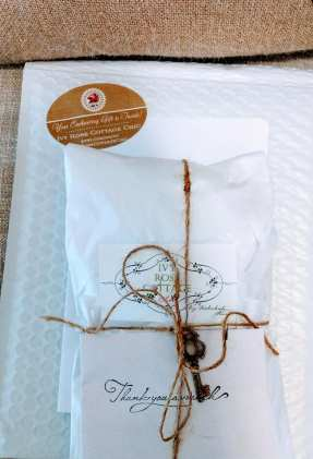 ivy Rose Cottage Chic Store packaging