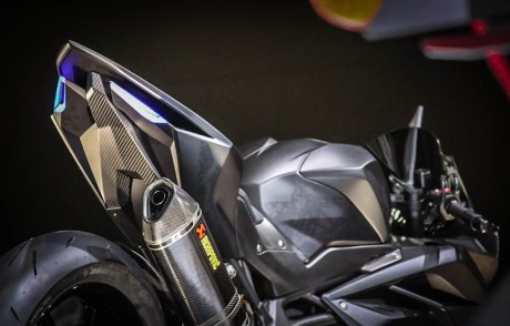 Honda-CBR250RR-Super-Light-Weight-Concept-Dual-Silinder-22