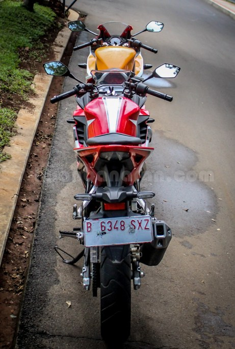 honda all new CBR150R vs old CBR150R (6)