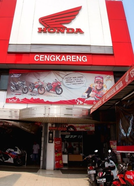 Close-Up-Honda-Cengkareng-683x1024-1-683x1024