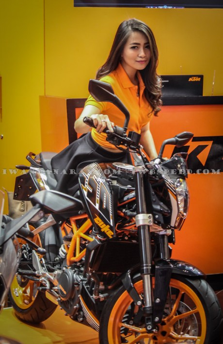KTM Duke dan RC200 (1)