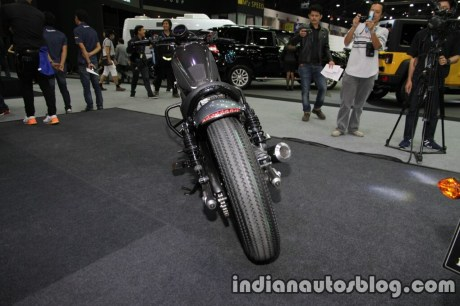 honda-rebel-500-2016-thai-motor-expo-black-customised-rear