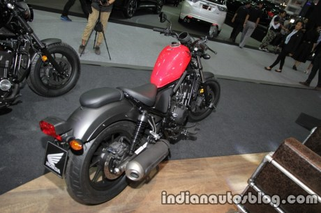 honda-rebel-500-2016-thai-motor-expo-red-rear-three-quarter