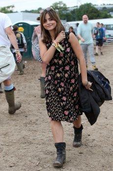 Glastonbury-Jenna-showed-us-she-has-festival-style-sorted