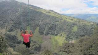 swing-end-of-the-world-ecuador-cliff-3