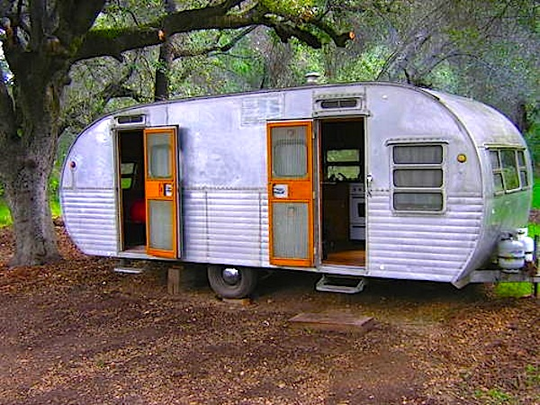 yellowstone travel trailers i