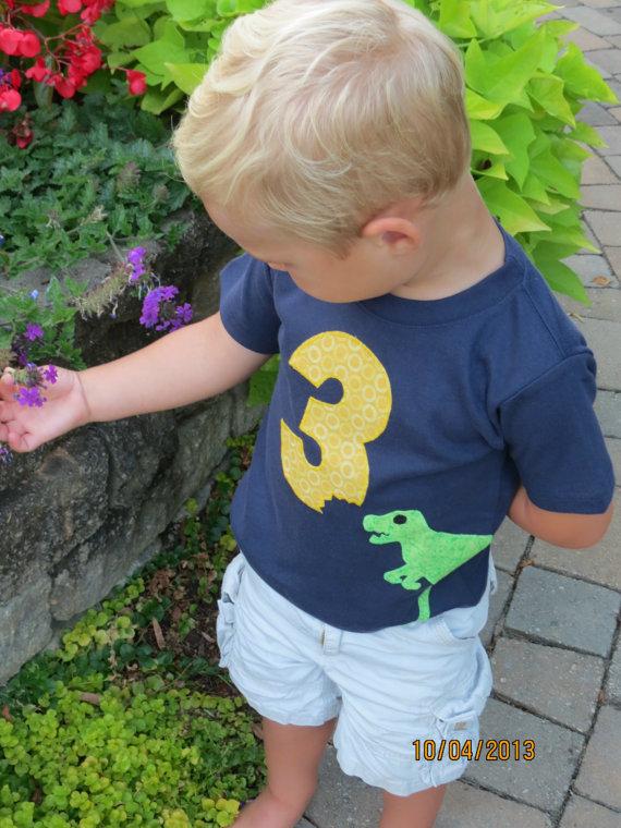 number-shirt-birthday-photo-ideas