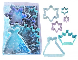 25 unique Frozen gift ideas: Frozen-cookie-cutters