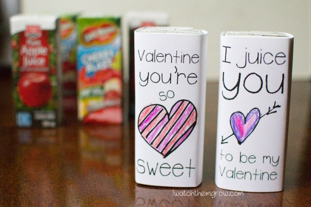 Free printable Valentine juice box wrappers that your kid can color! I love that it's personal, plus it's so easy!