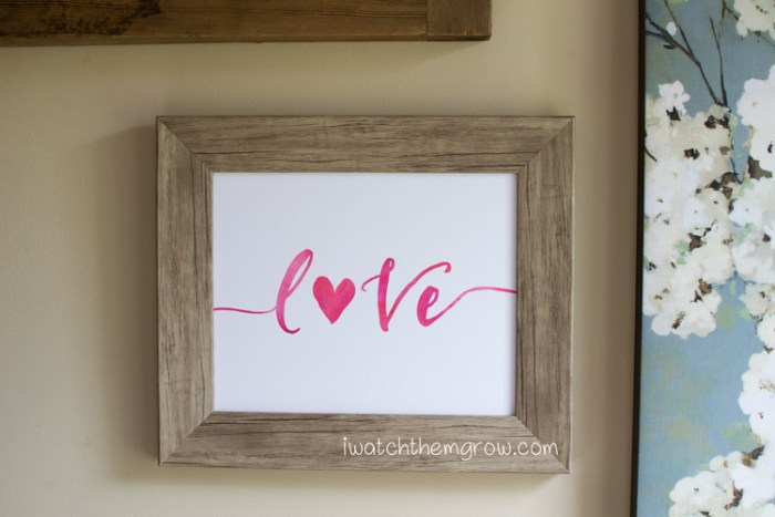 Put a little love and romance on your wall with this free printable Valentine's art!