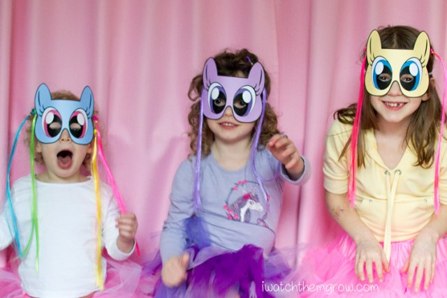 Free printable My Little Pony masks! For your party photo booth or just dress-up play!