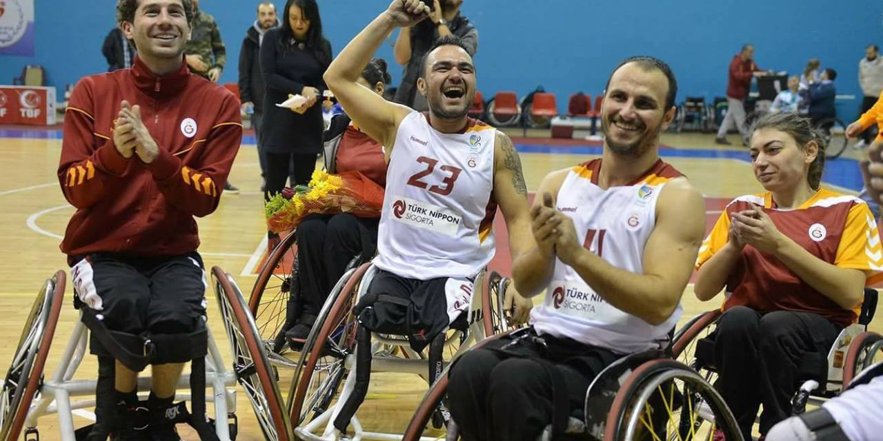 Galatasaray S.K. edge final to win André Vergauwen Cup 2017