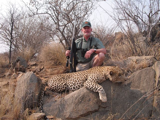 Leopard-hunting-Namibia-Big-Tom1