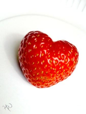 Strawberry_Love_by_thewafflekid