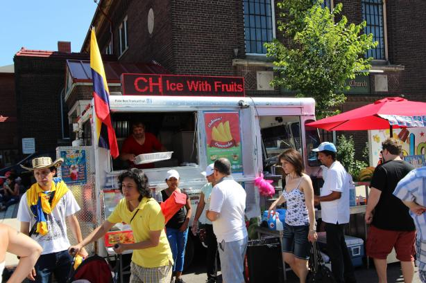 Fresh Fruit Cholaos food truck at the Salsa on St. Clair festival