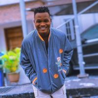 Comedian Oluwadolarz involved in car accident (Video)