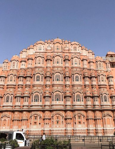 Palace-of-the-Winds-in-Jaipur2