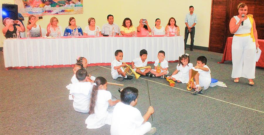 dia-educadoras-zihuatanejo