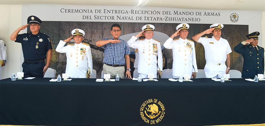 cambio-mando-sector-naval-zihuatanejo