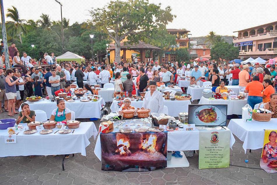 festival-comida-tipica-zihuatanejo-2019.jpg