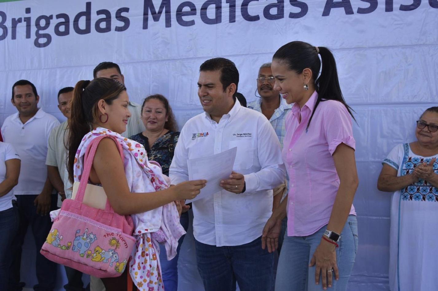brigadas-medicas-pantla-zihuatanejo.jpg