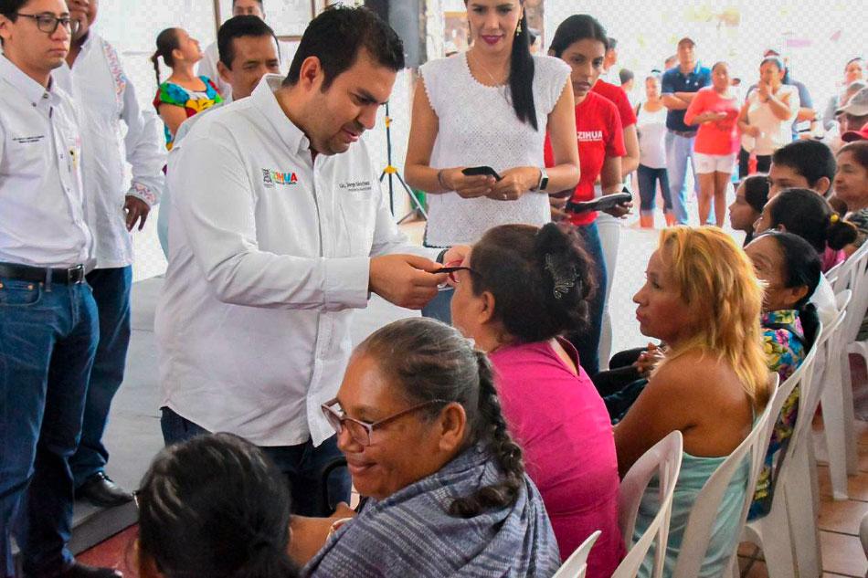 segunda-campania-salud-visual-zihuatanejo-.jpg