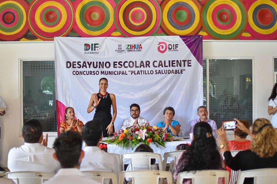 concurso-platillos-dif-zihuatanejo_.jpg