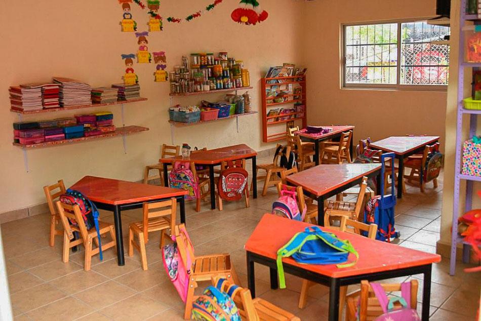 inauguracion-aulas-zihuatanejo_jorge-s-.jpg