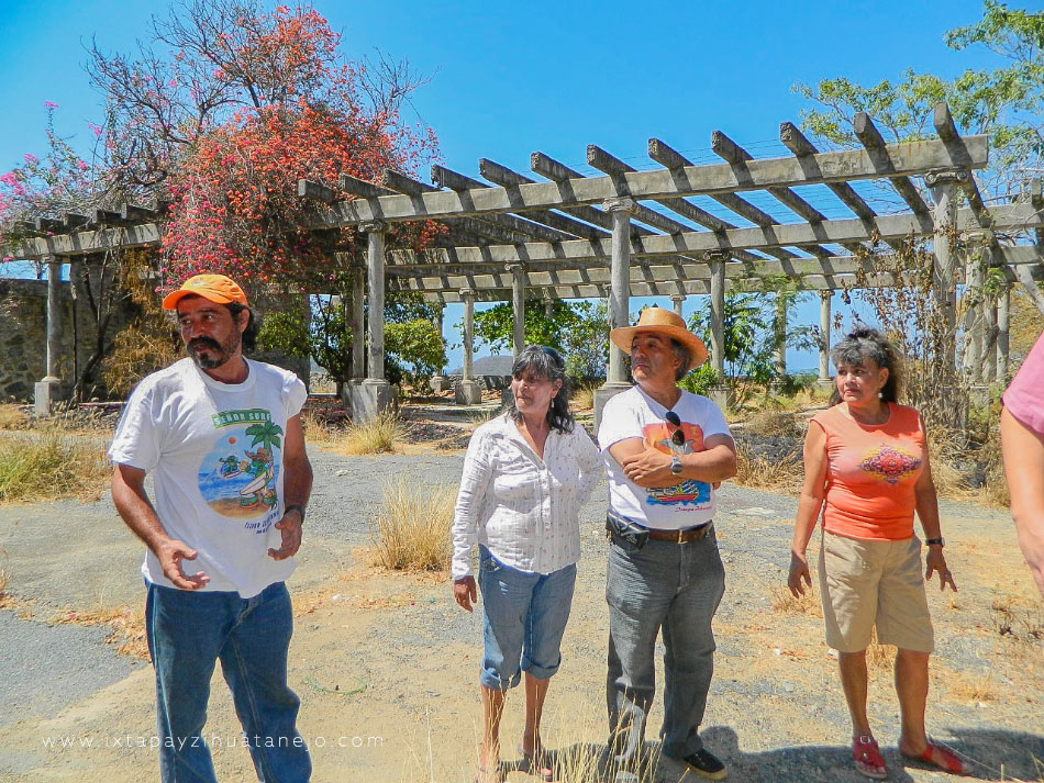 turistas-sin-acceso-partenon__.jpg