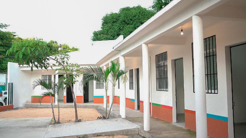 nuevo-asilo-cdc-adultos_zihuatanejo-.jpg