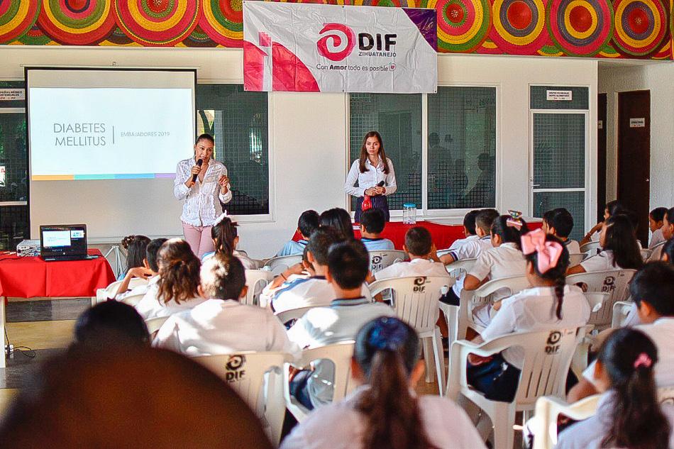 capacitacion_diabetes_dif_zihuatanejo.jpg