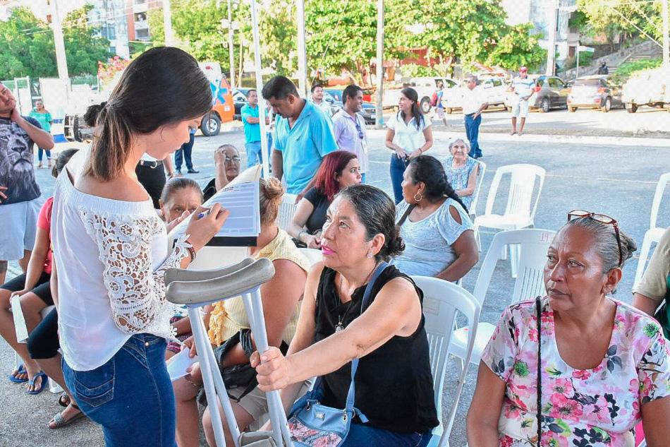estamos_en_tu_colonia_zihuatanejo-jorge-sanchez___.jpg