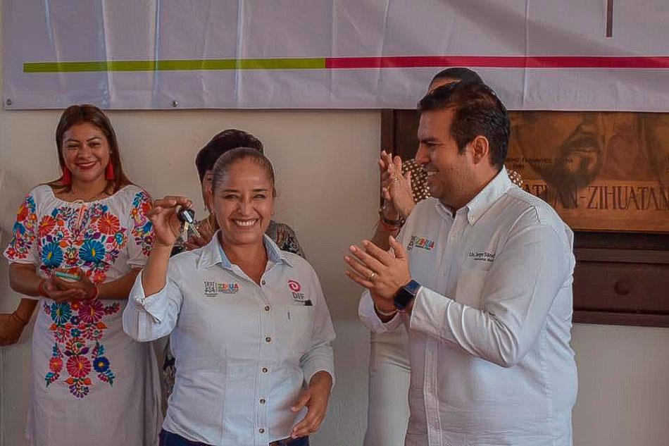 nuevos_vehiculos-ayuntamiento-zihuatanejo__.jpg