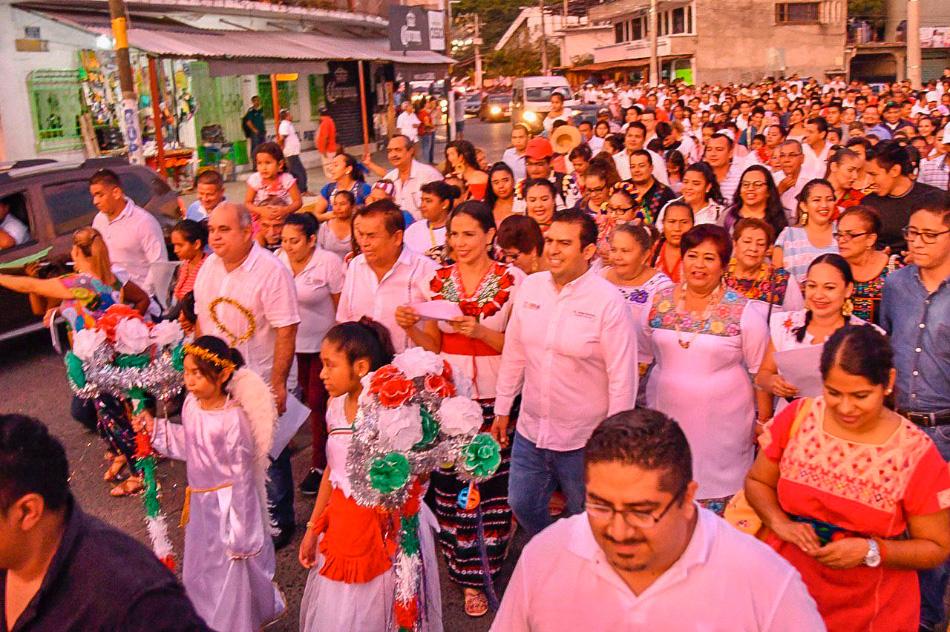 peregrinacion-virgen-zihuatanejo-ayuntamiento__.jpg