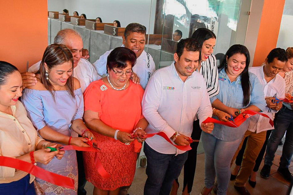 remodelacion-area-ingresos-ayuntamiento-zihuatanejo.jpg