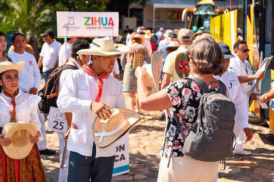 crucero_zihuatanejo_2020_-.jpg