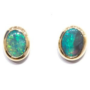 Aust Opal Studs in Yellow Gold