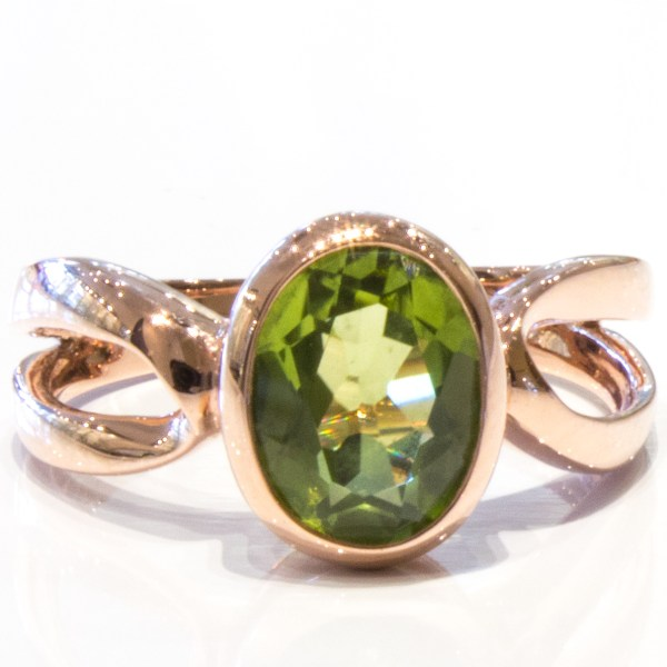 Handmade Rose Gold Ring with Peridot