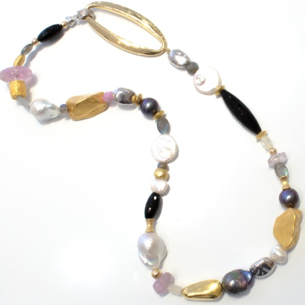 18 Ct Gold, Stones and Pearls Handmade Necklace