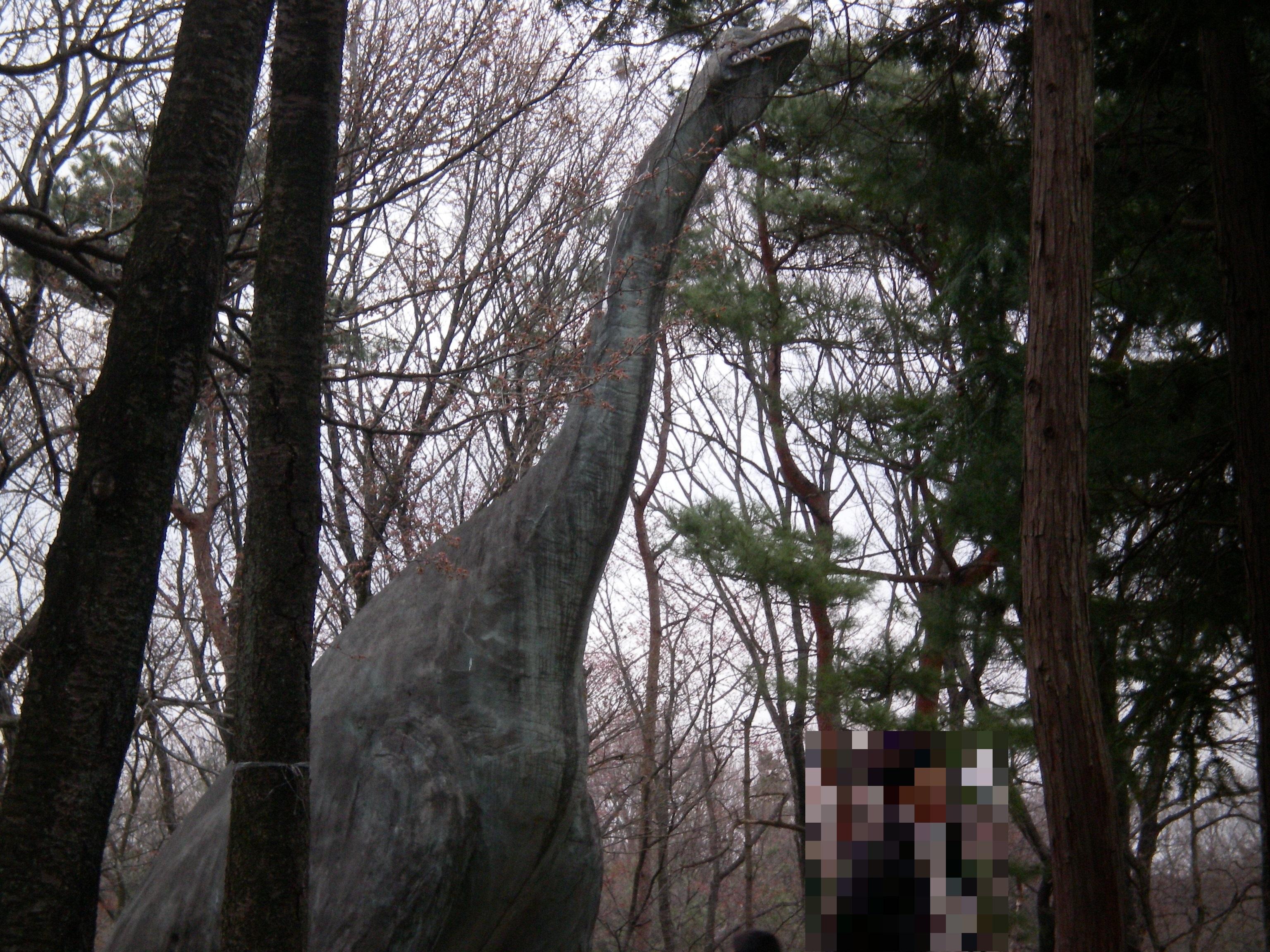 こども動物自然公園 恐竜石像