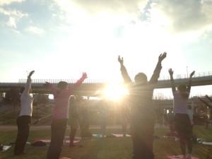サンセット太陽礼拝108イベント