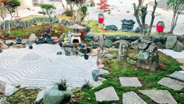 天徳寺中庭
