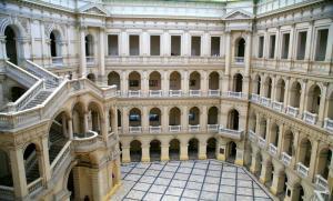 Gmach główny PW