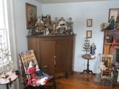 The dolls make this one of my favorite rooms...