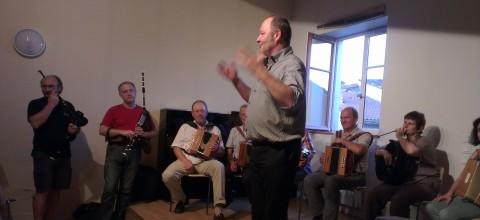 Hervé Faye et son cours d'accordéon diatonique