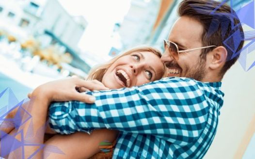 12 признаков того, что человек в восторге от своей женщины