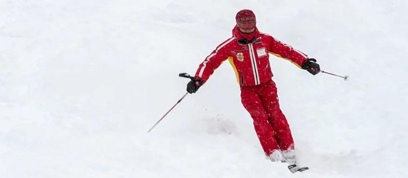 スキーインストラクターのなり方